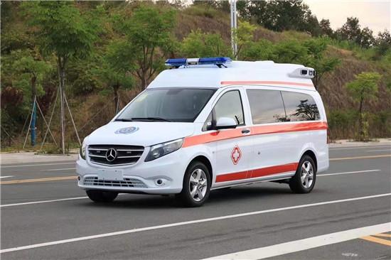 奔驰救护车(国六)