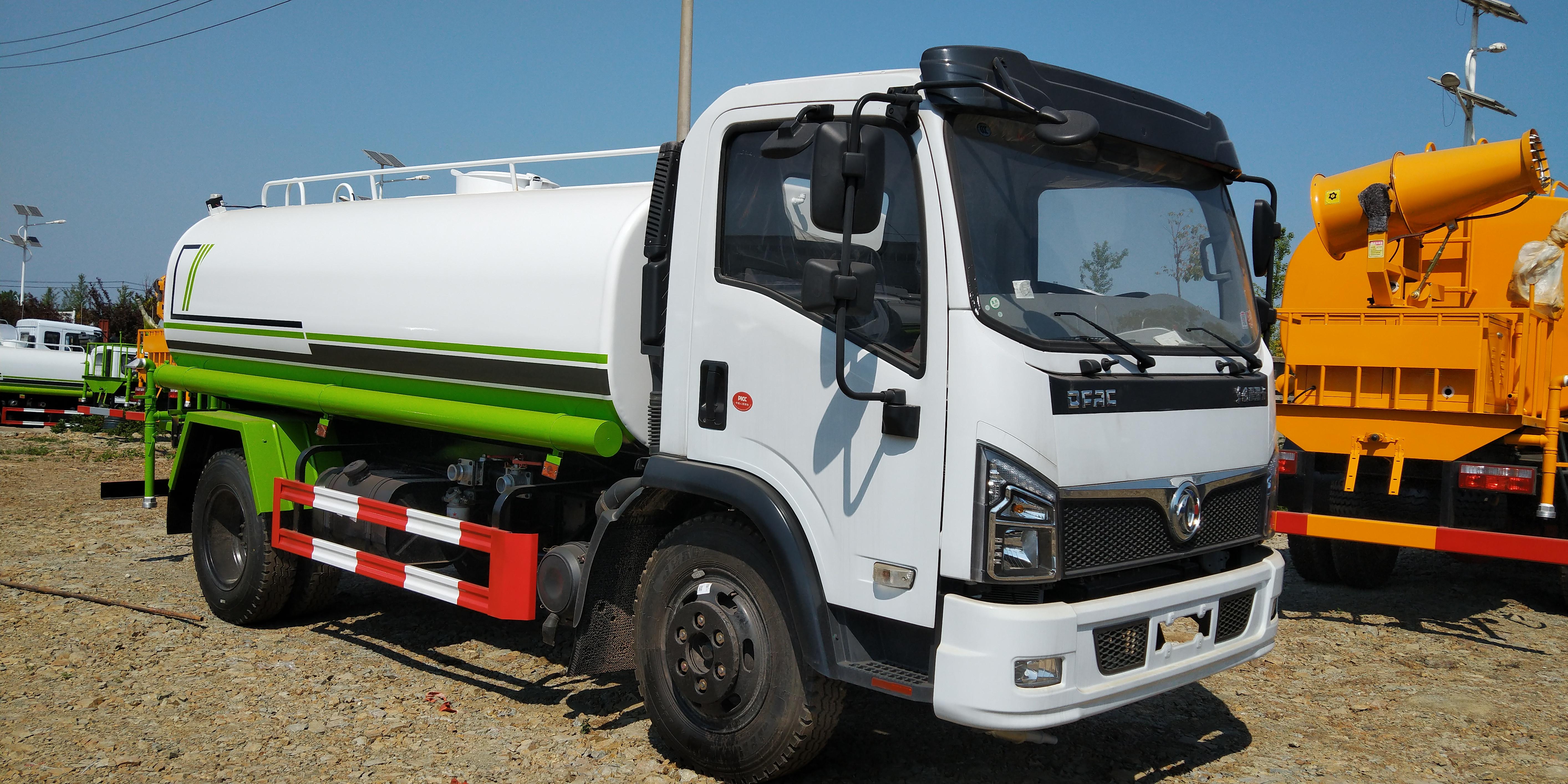 國六10噸東風150馬力灑水車可選裝霧炮灑水