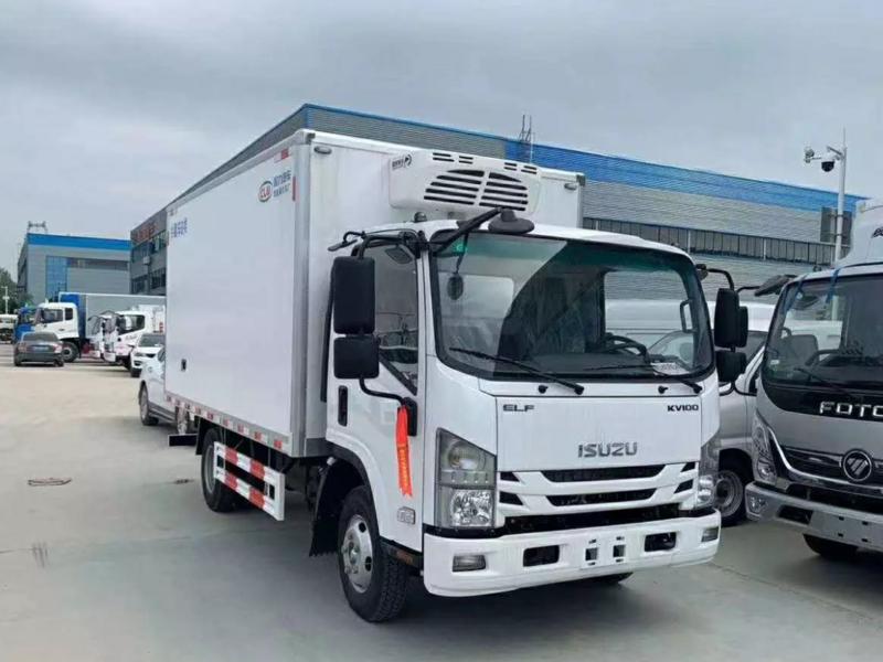 广东地区客户推荐超级好用的4.2米蓝牌小型冷藏车!
