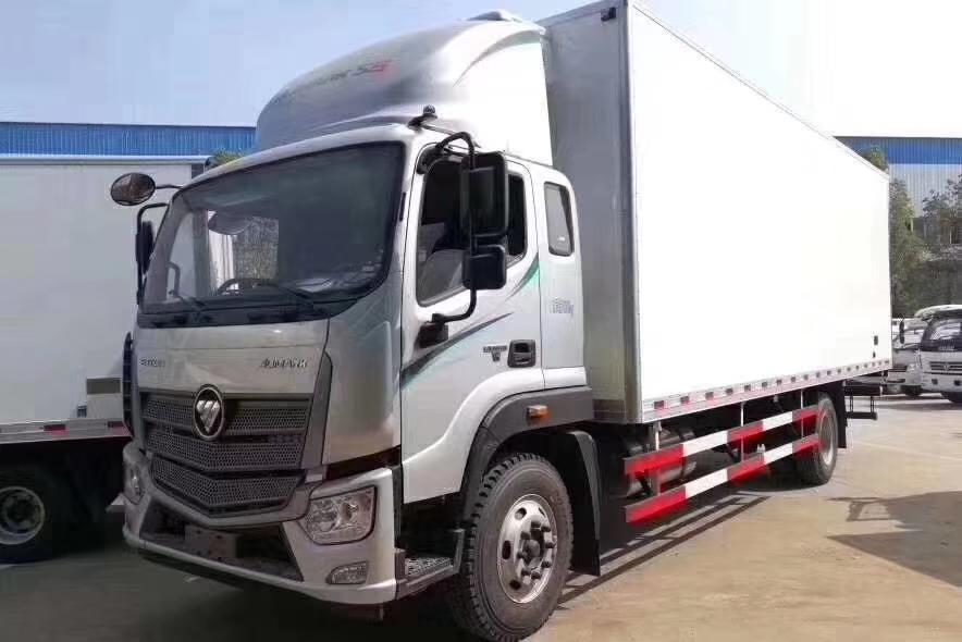 7.6米福田欧马可S5冷藏车