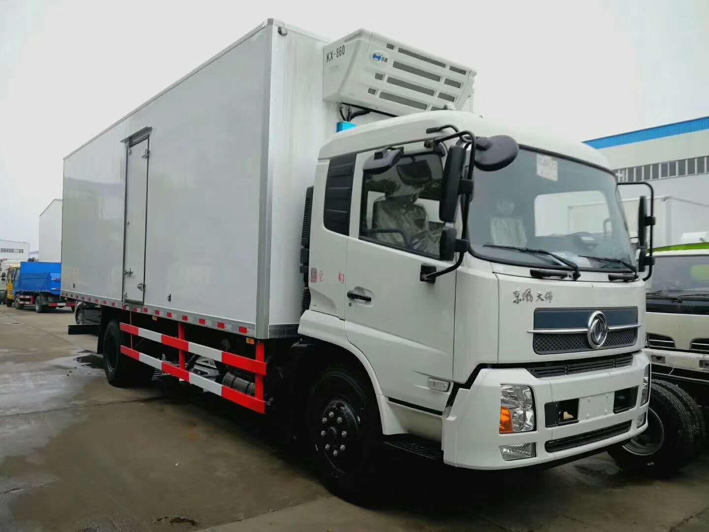 东风天锦6.55米冷藏车(热销中)图片