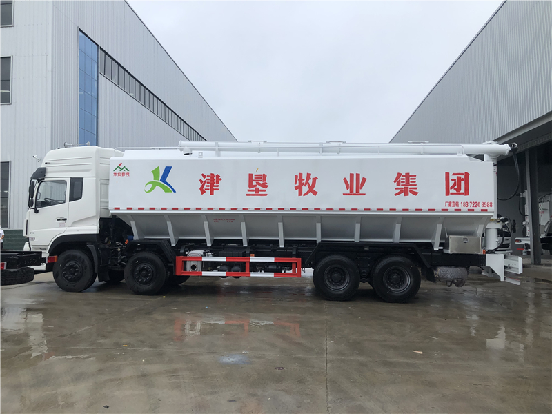 東風天龍前四后八40-44方(20-22噸)散裝飼料運輸車