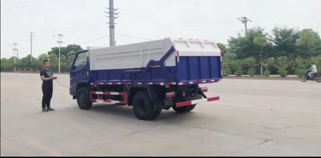 时风风顺自卸对接式垃圾车视频