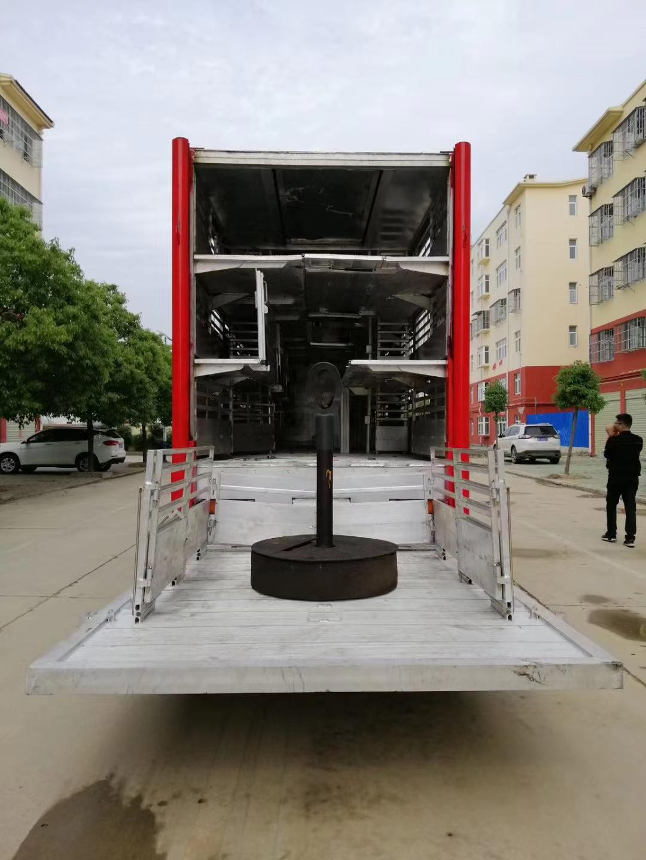 铝合金拉猪车多少钱一台图片