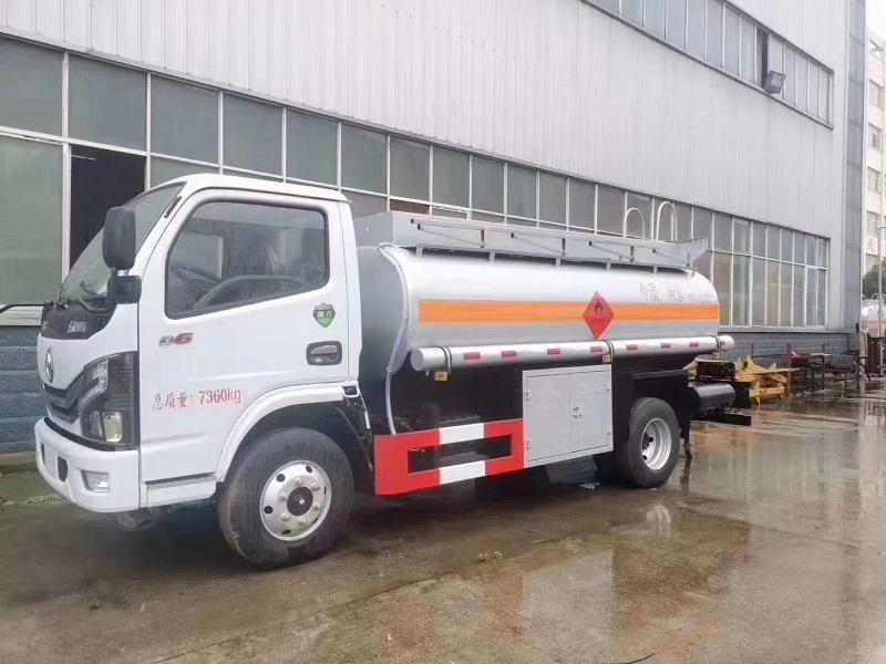 国六5吨油罐车国六5吨加油车配置价格