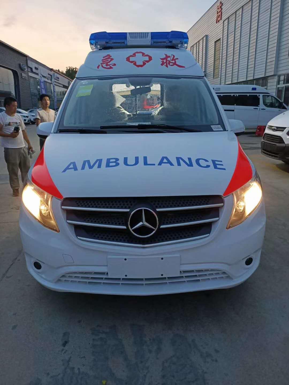 国六奔驰威霆航空舱救护车厂家直销图片
