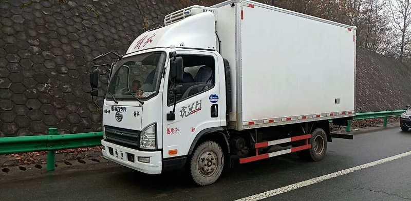 拉水果的冷藏车4米2冷藏车蓝牌冷藏车冷藏车原厂配件