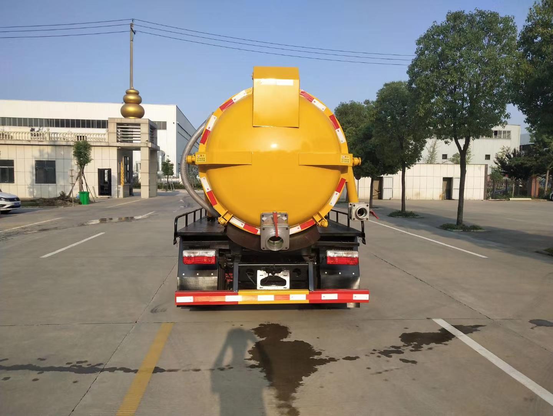 国六东风多利卡5方洗污车价格图片
