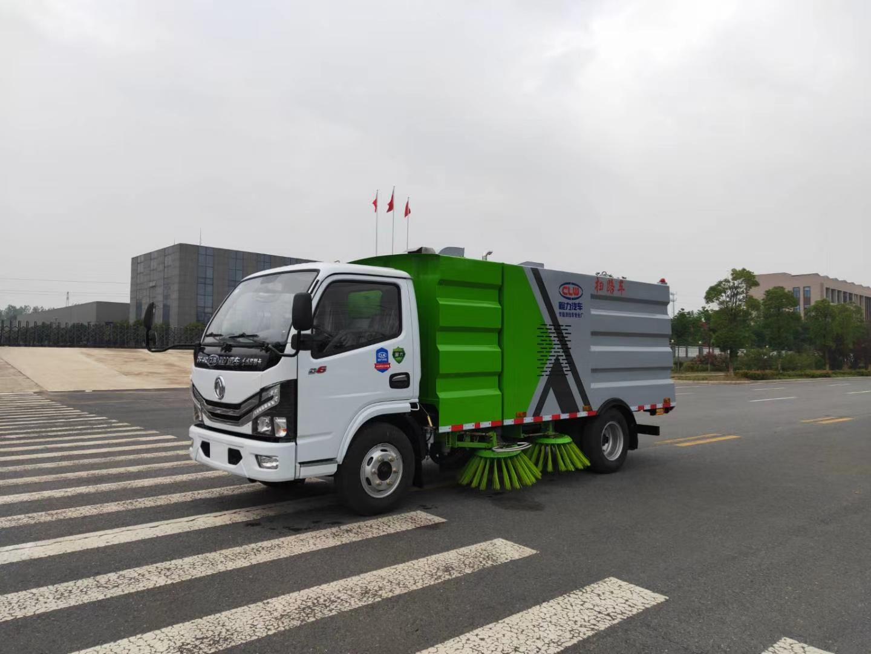 国六东风清扫车大量现货供应图片