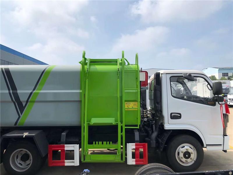 国六东风多利卡侧装压缩垃圾车