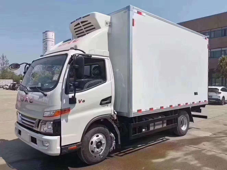国六江淮骏铃V6冷藏车