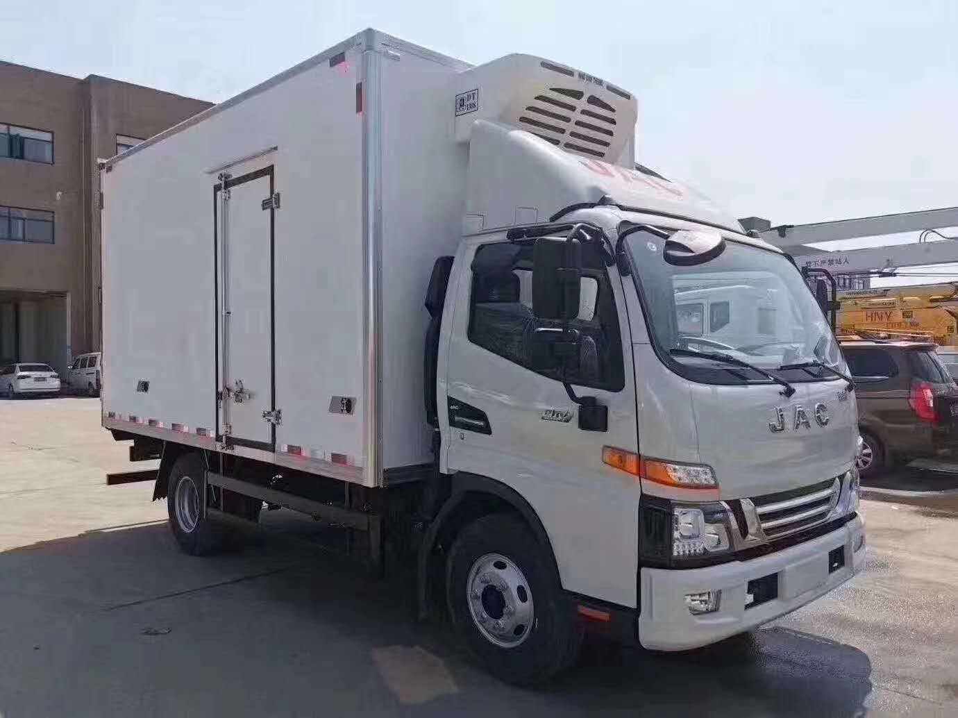江淮骏铃V6冷藏车_国六
