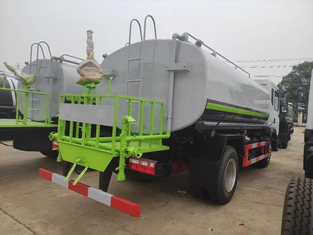 东风D9多利卡12吨绿化洒水车价格报价图片