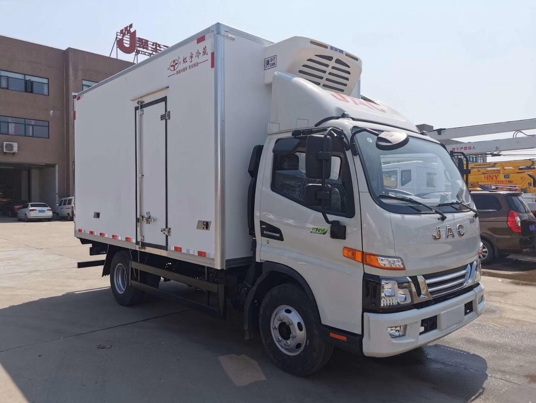 江淮骏铃V6国六冷藏车图片