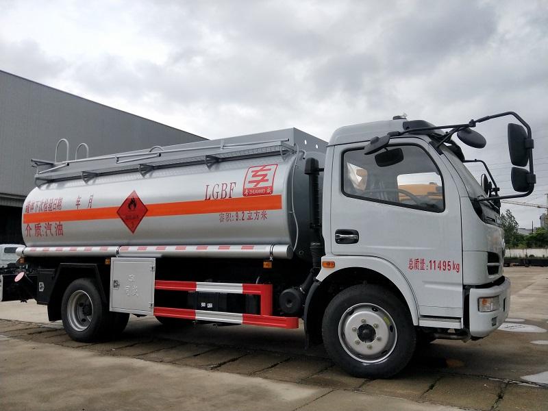 8吨油罐车厂家直销 东风大福瑞卡9.2方加油车参数视频视频