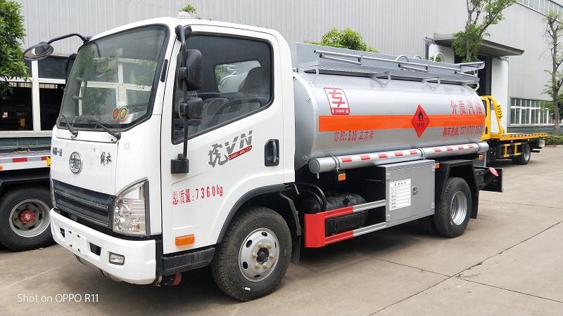 5噸加油車 解放虎V5.15方油罐車圖片參數圖片