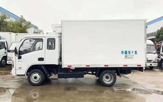 跃进排半冷藏车,箱体2.7米,跑长途不累,价格也便宜图片