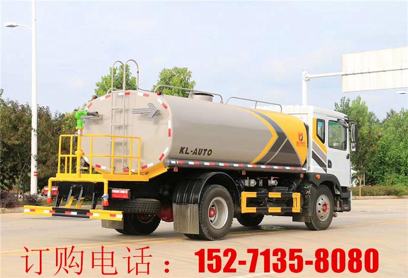 东风12-15吨洒水车