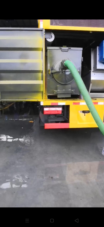 吸污净化车,干湿分离,高压清洗,只抽直排。达到国家管网排放标准,就地处理,粪渣,污水,各小区,养殖场,酒店学校治理环境的优选车型。视频