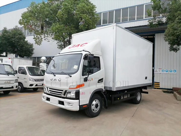 国六江淮骏铃V6冷藏车保温车图片
