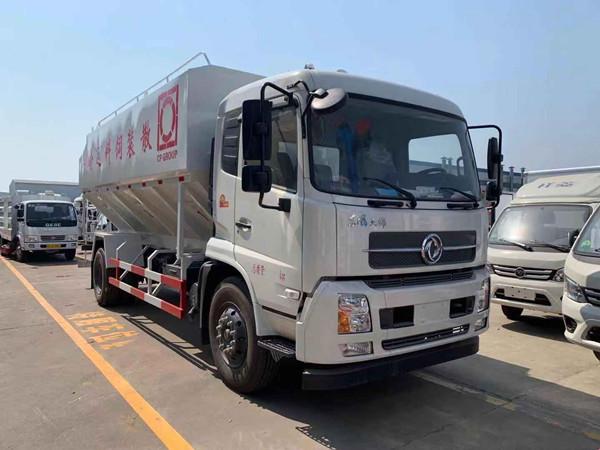 国六东风天锦12吨散装饲料车多少钱图片