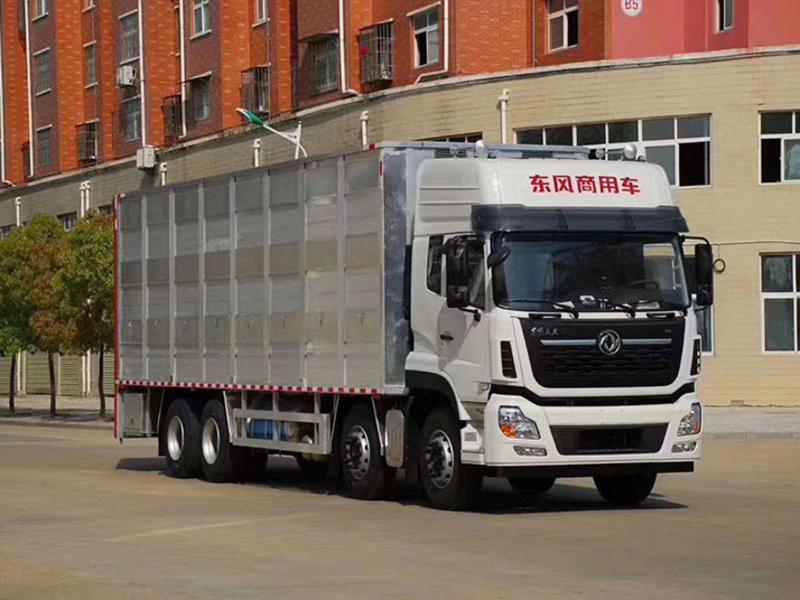 东风天龙9.6米铝合金高端拉猪车配置