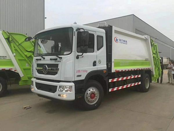 國六東風8噸擺臂垃圾車