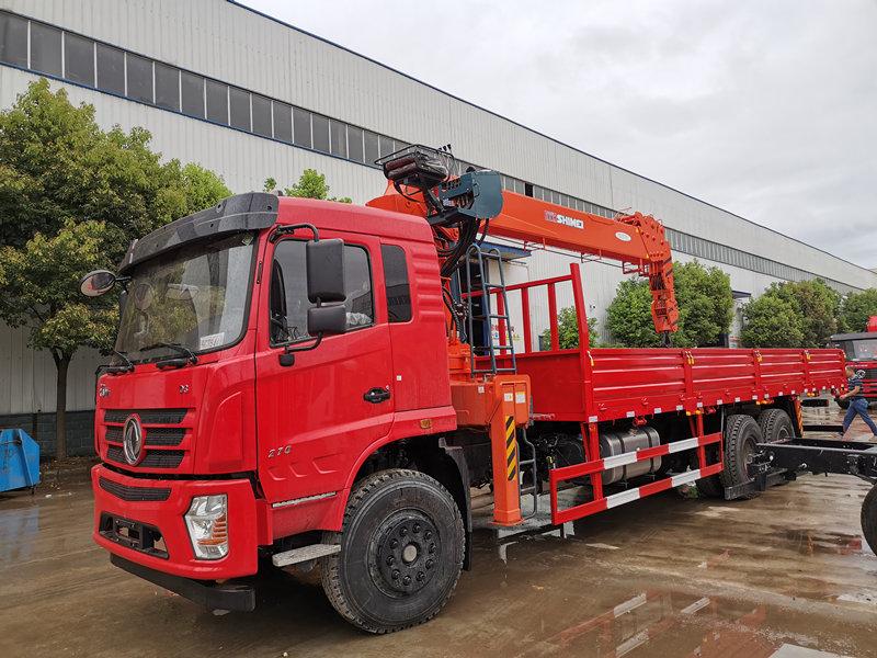 东风畅行D3后八轮石煤12吨四节臂随车吊