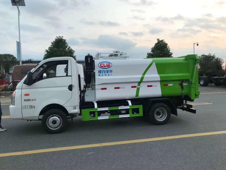 国六凯马侧装挂桶压缩垃圾车