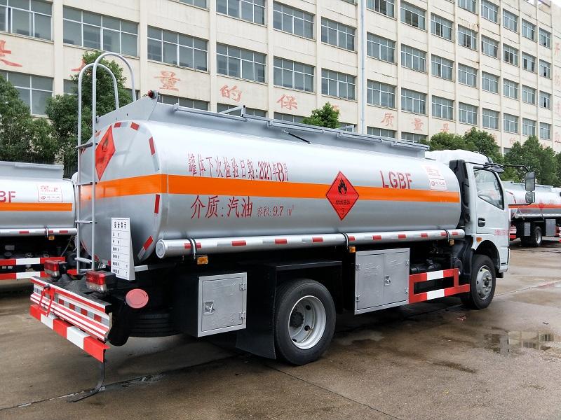 国六东风凯普特9.7方加油车图片