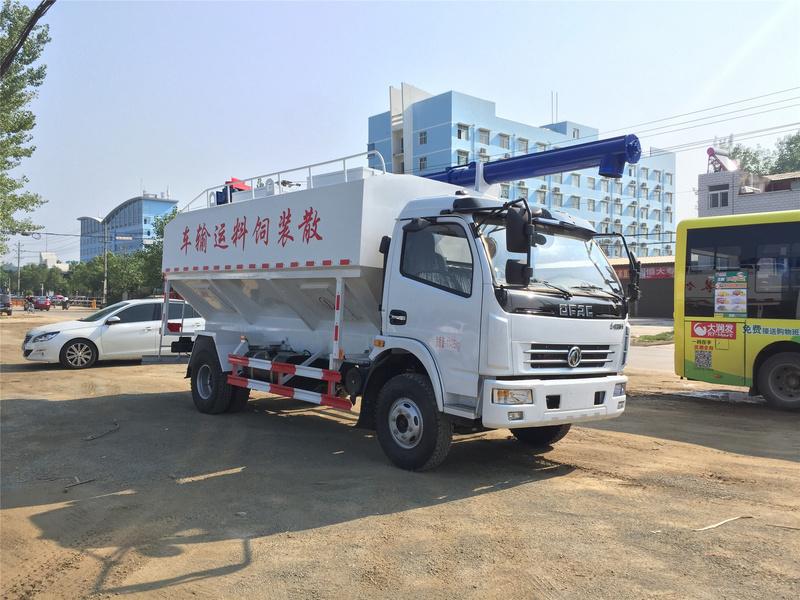 12方东风饲料车6吨多利卡散装饲料车多少钱