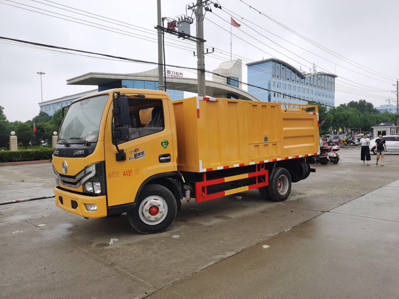 东风多利卡污水处理车-分离式吸污车