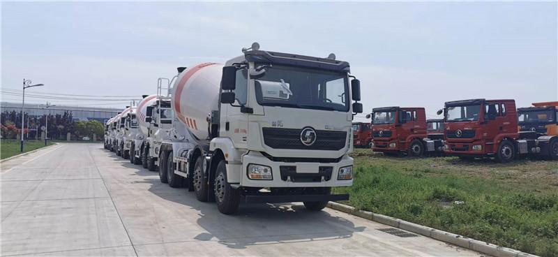 出售水泥搅拌车、水泥泵车和转让新型环保自卸车视频