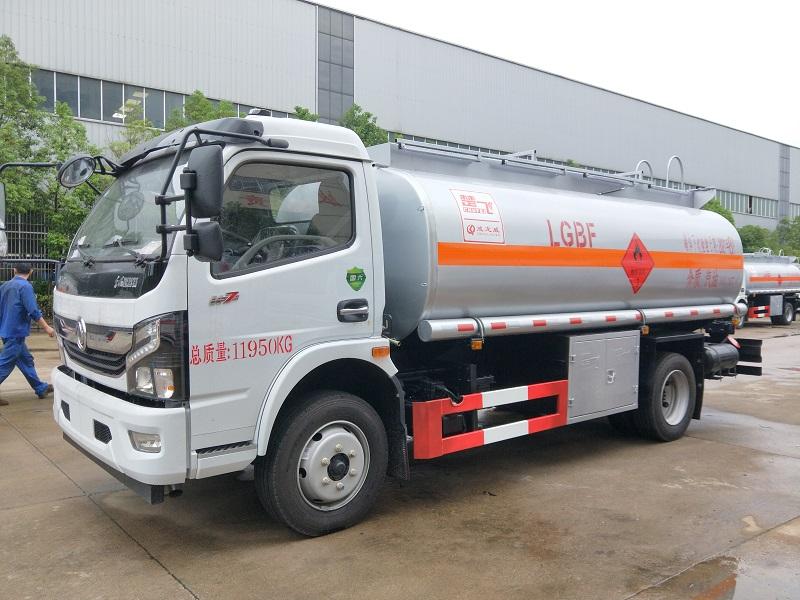 国六东风凯普特8吨流动油罐车 国六9.7方油罐车厂家直销图片