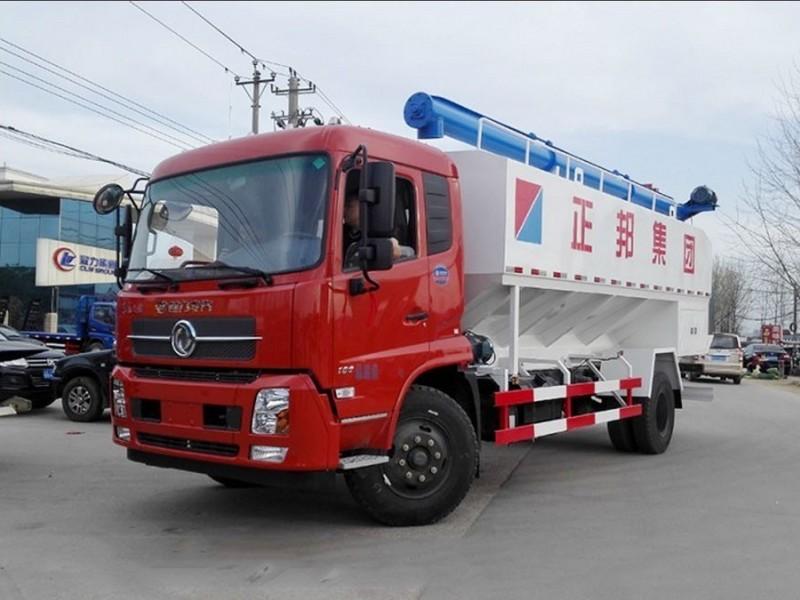 东风天锦10吨散装饲料运输车