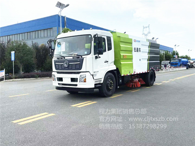 国六东风天锦12m³扫路车
