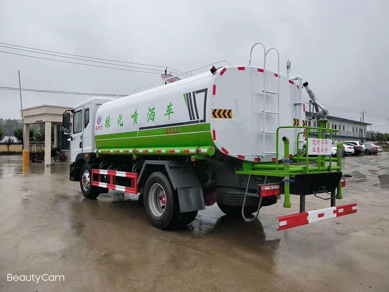 东风洒水车(14吨)图片