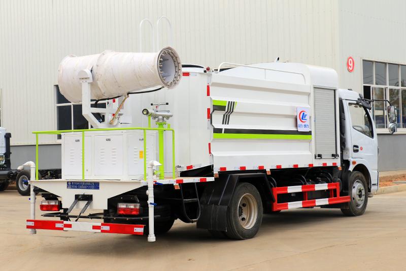雾炮洒水车(8吨)图片