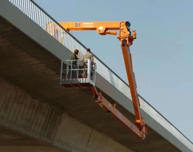 二手桥梁检测车/二手斗臂式桥梁检测车/二手臂架式桥梁检测车图片