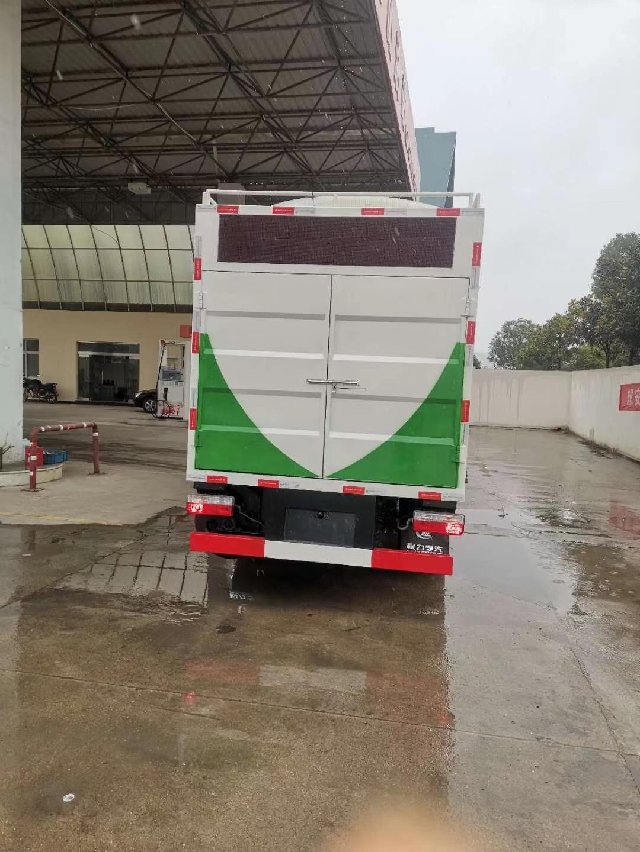 白+绿 蓝牌污水净化车,李总的爱车已发出图片