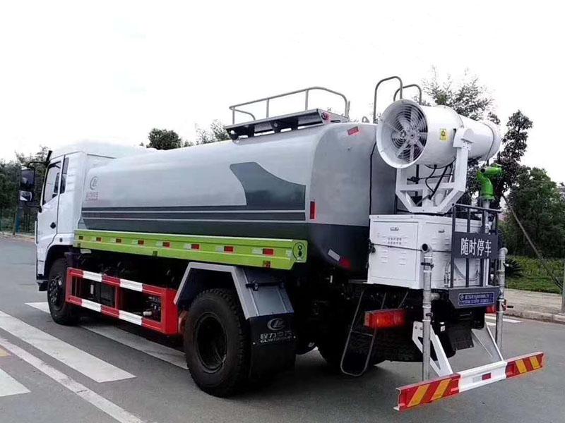 東風專底12噸灑水車圖片
