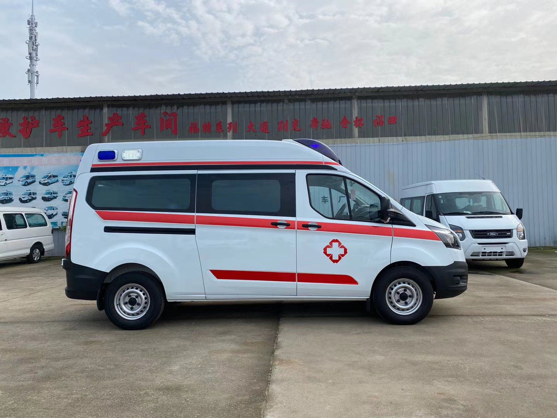 福特V362中轴标准监护型救护车图片