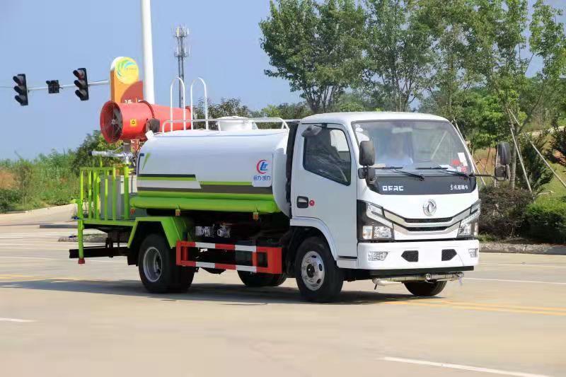 5吨东风洒水车报价30米东风雾炮车厂家