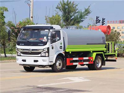 国六东风5吨洒水车配30米雾炮多少钱图片