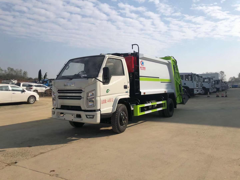 今日推薦:江鈴6方壓縮垃圾車圖片
