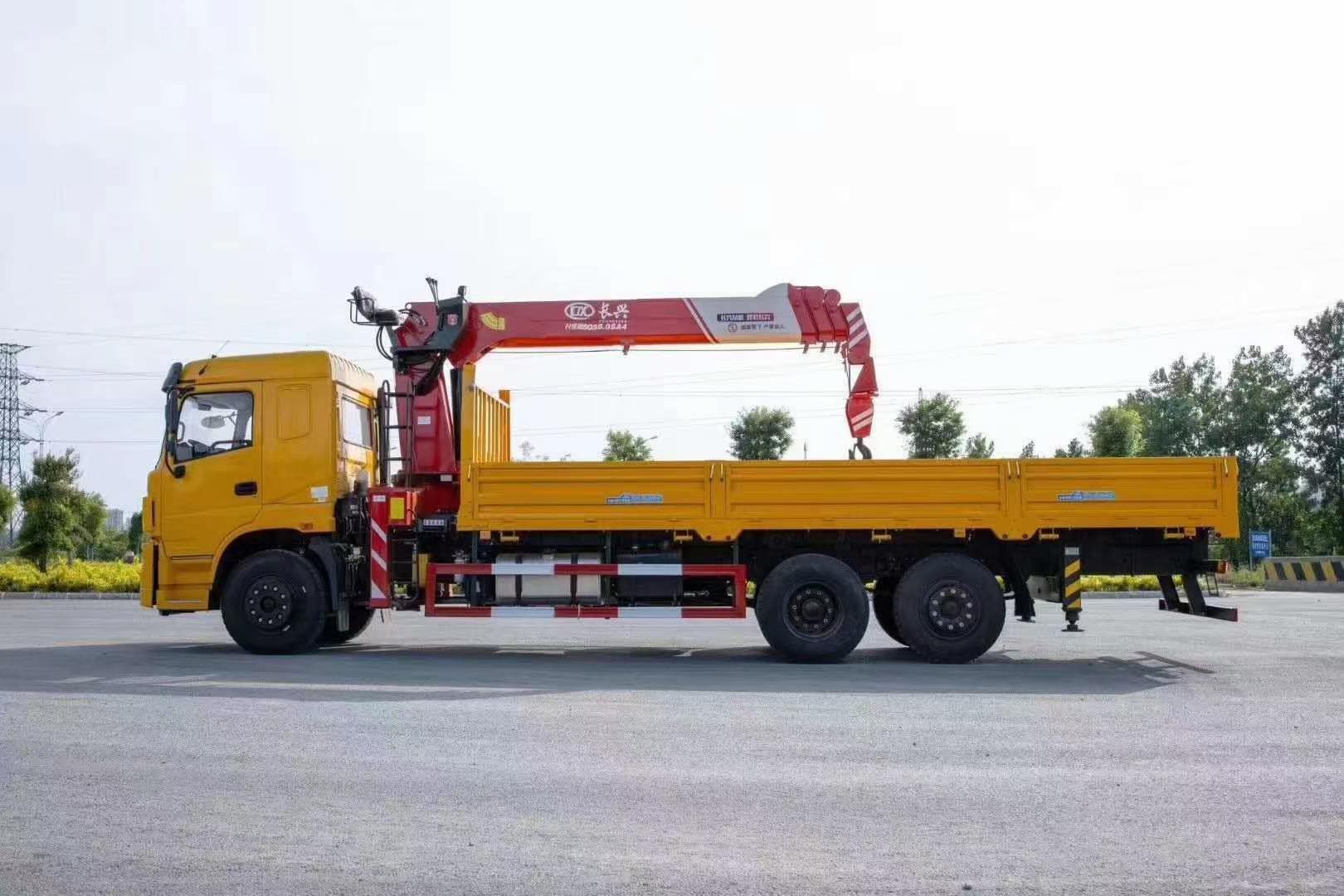 三环昊龙8吨随车吊图片