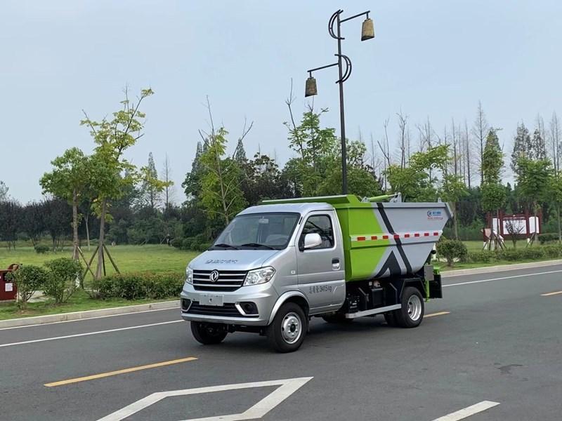东风小康自装卸式垃圾车  无泄漏垃圾车