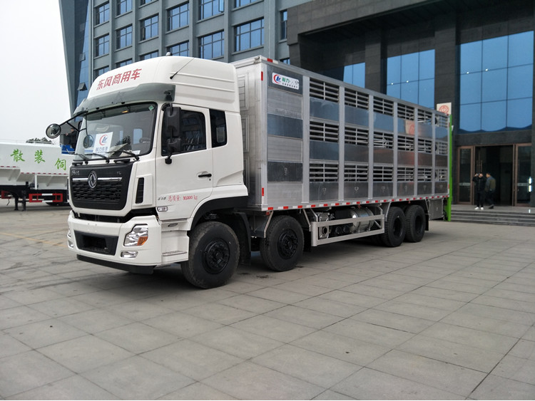 大型畜禽运输车厂家,密封运猪车价格图片