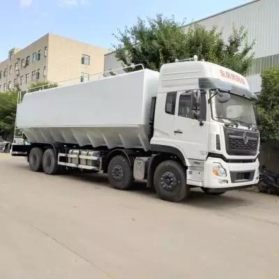 东风柳汽小三轴30-35立方饲料运输车图片