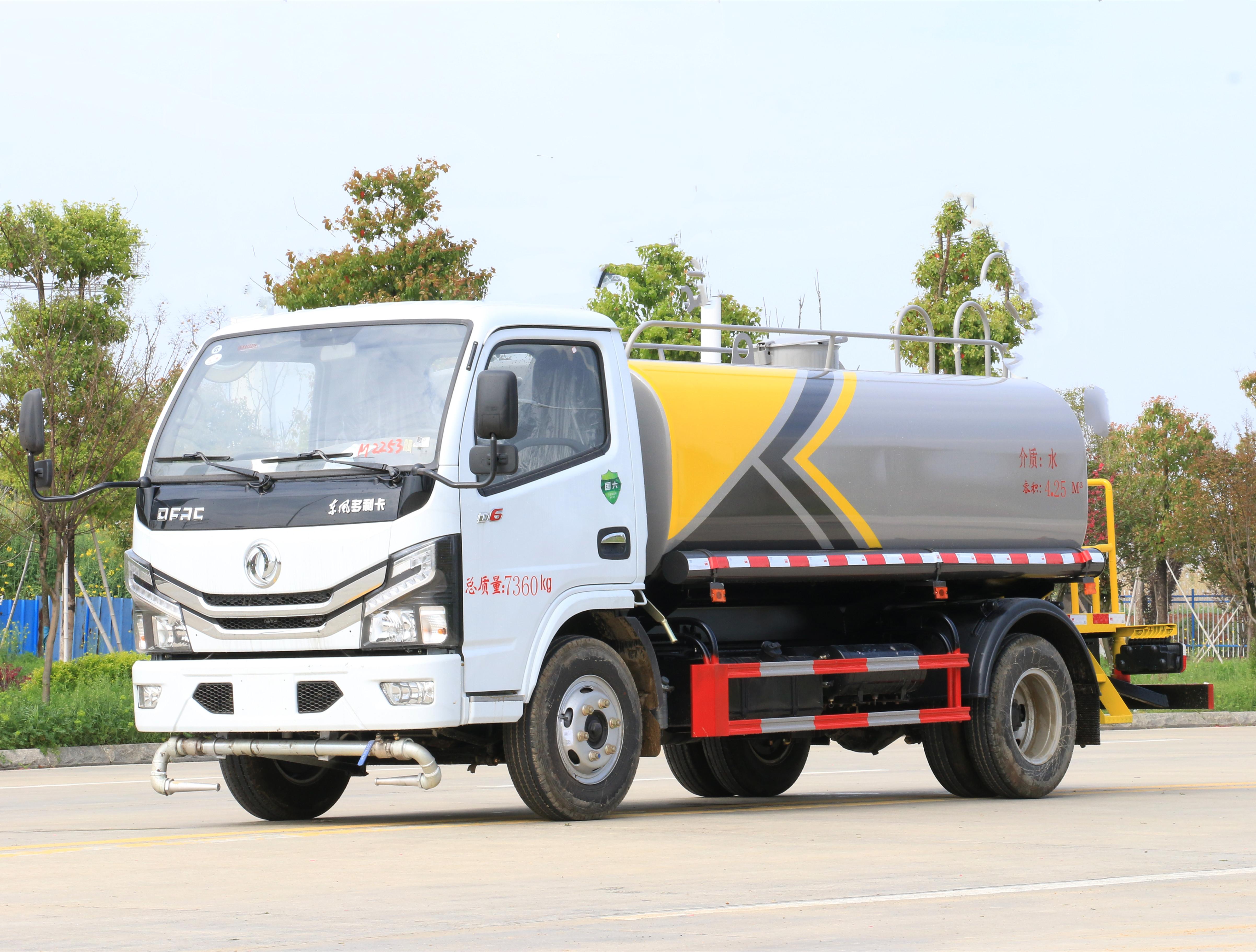 東風國六小多利卡5噸灑水車